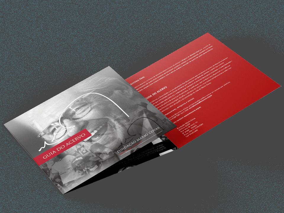 """Capa do Folder """"Guia do Acervo"""" do Centro de Memória Fundação Mario Covas"""