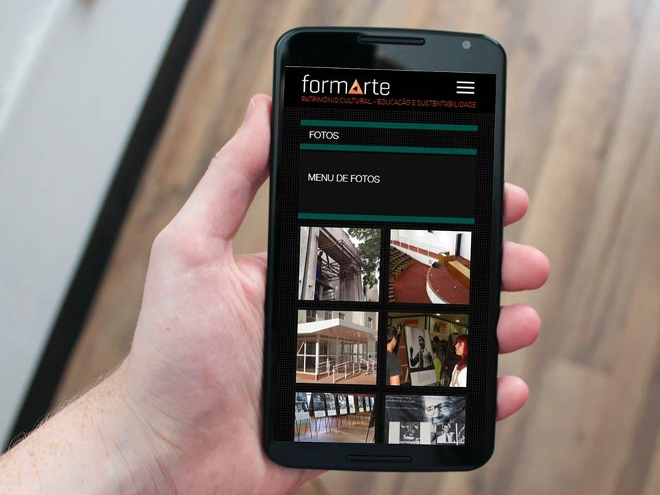 Página de fotos em celular